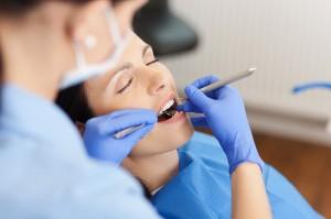 Los blanqueamientos dentales en España se disparan después del verano